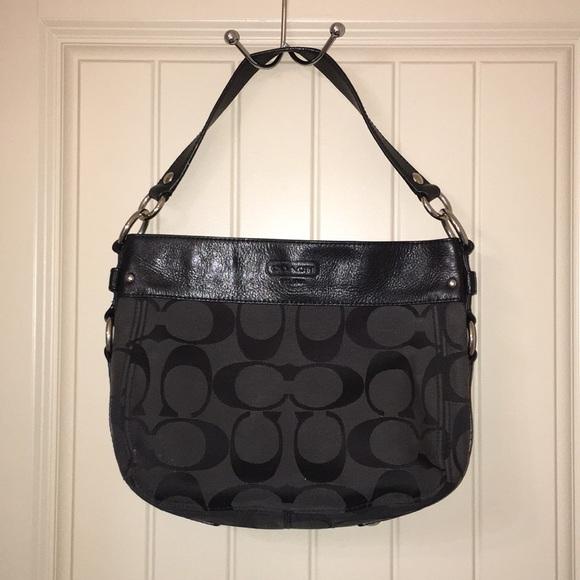 3faa8b6148c0 Coach Handbags - COACH m0982-f14708 hobo ZOE Shoulder Bag Purse